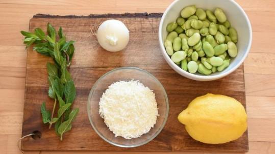 ricetta pasta fave pecorino gli ingredienti
